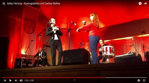 Kastagnetten-Improvisation mit Carlos Nuñez